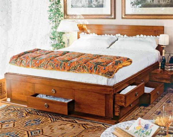 Letto 14 cassetti in legno massello prestige offre un grande spazio contenitivo tutto in vero for Letto in legno con contenitore