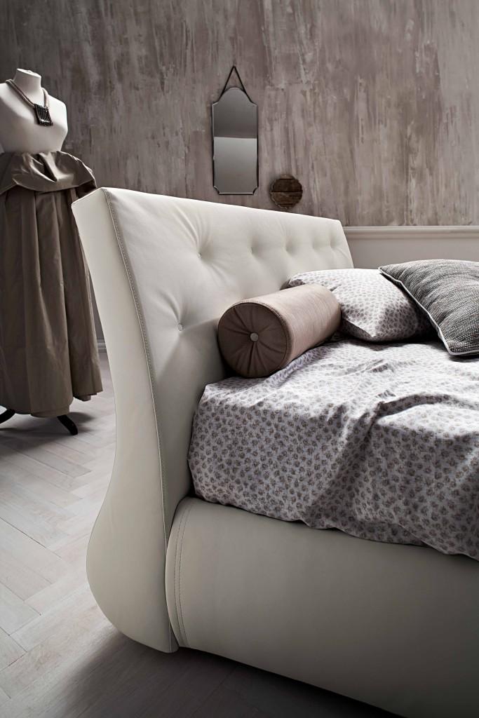GAP  letto con contenitore bianco. testata dalle linee morbide
